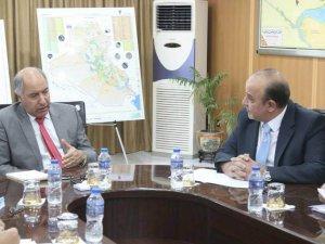 Minister van Watervoorzieningen ontvangt Koop International